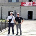 Gianni e Luca pronti ad entrare alla mostra