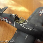 F 4U-1